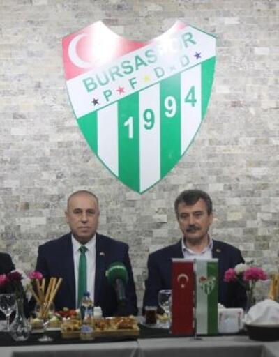 BPFDD'den 'Yeniden Büyük Bursaspor' kampanyasına forma desteği