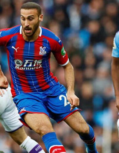 Cenk Tosun ilk golünü Manchester City'ye attı