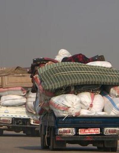 Son dakika... Son 3 günde 27 bine yakın sivil Türkiye sınırı yakınlarına göç etti