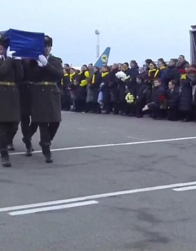 İran cenazeleri teslim etti