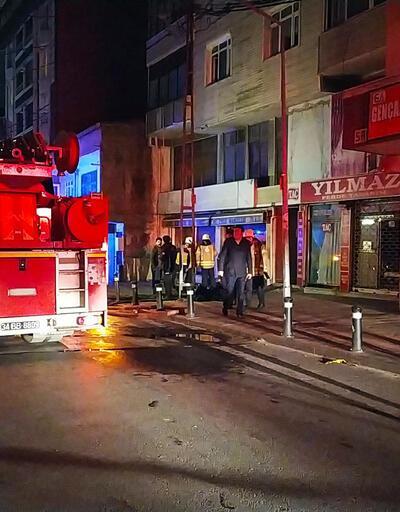 Gaziosmanpaşa'da yangın paniği: 12 kişi hastaneye kaldırıldı