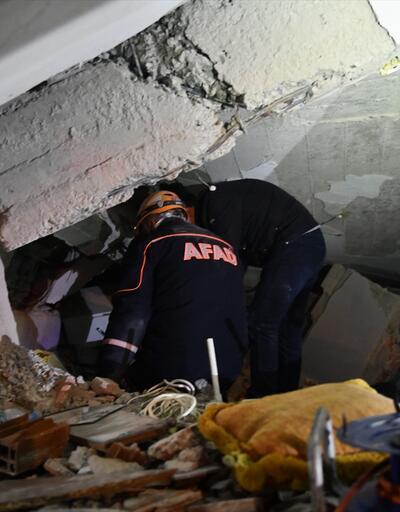AFAD: Elazığ merkezde bir kişi enkaz altından kurtarıldı