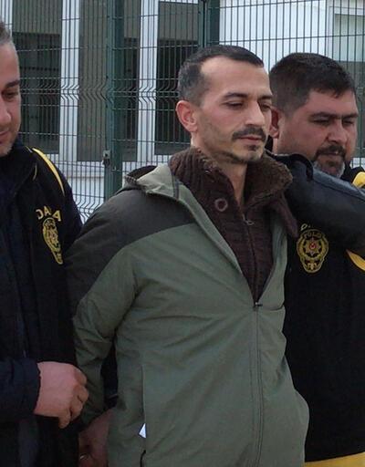 Cezaevinden kaçtı, otobüs durağında yakalandı