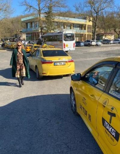 İstanbul'daki kadın taksi şoförleri bir araya geldi