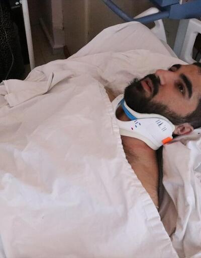 """Depremde yaralanan vatandaşlar """"deprem anını"""" anlattı"""