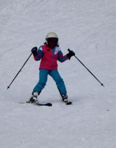 Zigana Kayak Merkezi'nde geleceğin milli sporcuları yetişiyor