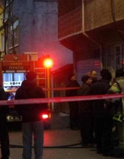 Yaşlı kadın, evinde çıkan yangında öldü