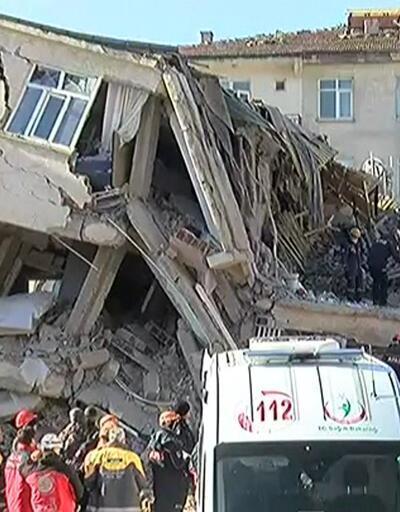 Sürsürü'de enkazdan 3 kişi çıkarıldı