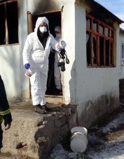 Van'da evde yangın: Havanur ve Hiranur yaşamını yitirdi