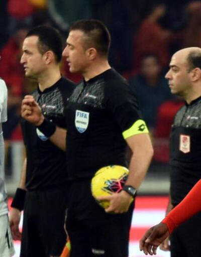 Hüseyin Göçek kuralı atladı, Beşiktaş gol yedi!