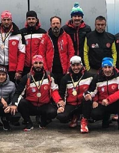 Milli kayakçılardan Bosna Hersek'te 3'ü altın, 7 madalya