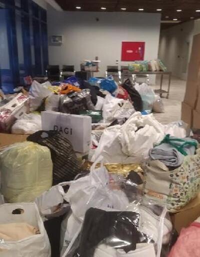 Lüleburgaz'lı anneler depremzedeler için yardım topladı