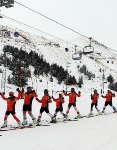 Erzurumlular kış sporlarını sevdi