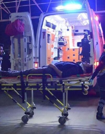 Kamyonla kamyonet çarpıştı: 2 yaralı