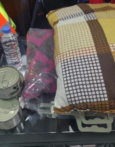 Deprem çantalarına talep arttı; fiyatlar 90 ila 400 lira arasında