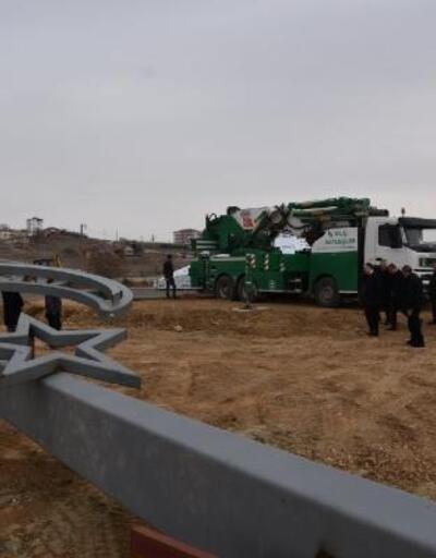 Vali Sezer, Şehitler Anıtı'nda inceleme yaptı
