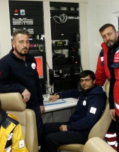 UMKE personeli, göçük altında ameliyat dahi yapabiliyor