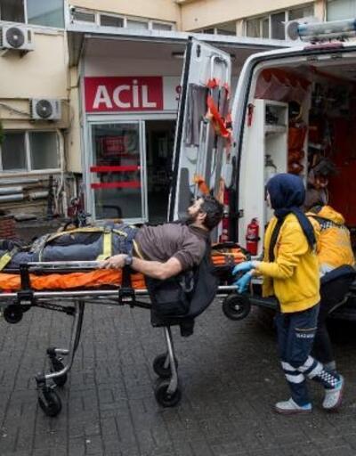 Beyoğlu'nda otomobiline binmeye çalışan kişiye silahlı saldırı
