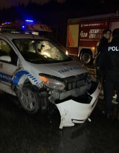 Maltepe'de zincirleme trafik kazası: 2'si polis 4 yaralı