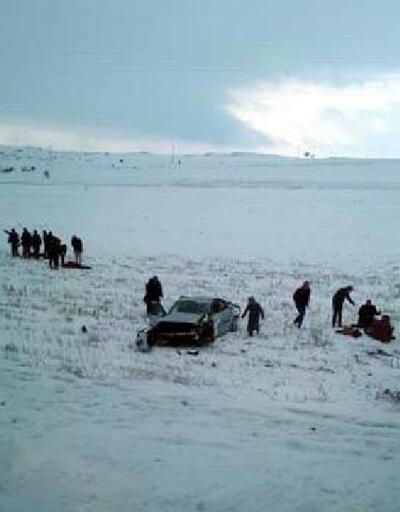 Kayseri'de otomobil şarampole yuvarlandı: 1 ölü, 5 yaralı