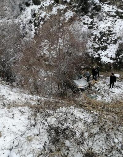 Otomobil takla atarak dere yatağına yuvarlandı: 5 kişi yaralı
