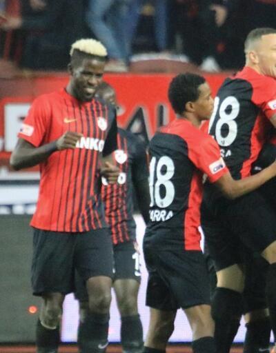 Sivasspor Gaziantep'te 5 golle dağıldı