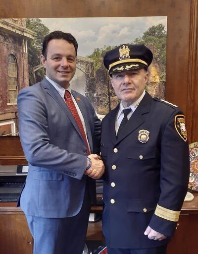 ABD'de bir ilk: Türk kökenli emniyet müdürü atandı