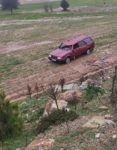 Muğla'da otomobil şarampole devrildi: 5 yaralı