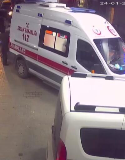 6,8'lik depremin yeni görüntüleri: Ambulanslar beşik gibi sallandı