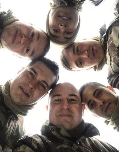 Çağatay Ulusoy'un asker pozları