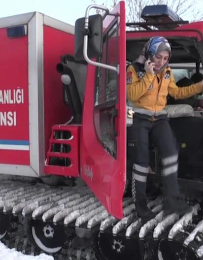 Hamile kadının imdadına paletli ambulans yetişti