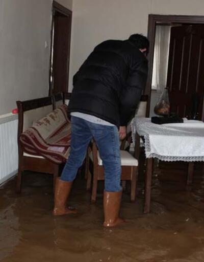 Önce kar sonra sel vatandaşları perişan etti