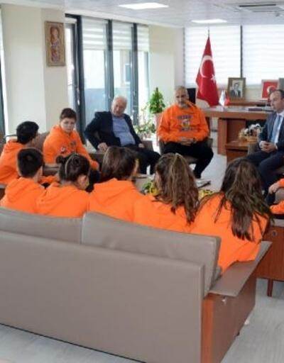 Plevne Ortaokulu Robotik Takımı'ndan Başkan Yılmaz'a ziyaret