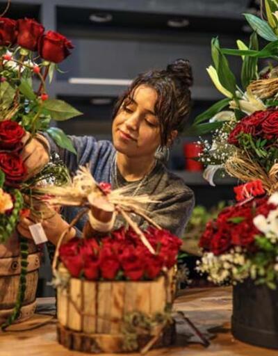 14 Şubat çiçeklerinde fiyatlar ikiye katlandı