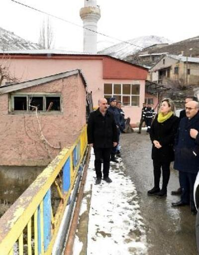 Vali Demirtaş'tan Pozantı'ya sel denetimi