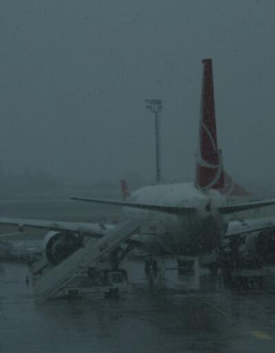 Erzincan'da uçuşlar iptal edildi