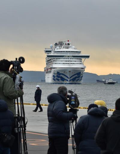 Karantinadaki gemiden kötü haber: 70 yeni vaka daha kaydedildi