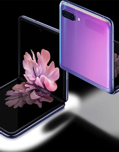 Galaxy Z Flip ile Motorola Razr kozlarını paylaştı