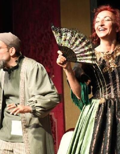 Moliere'in 'Cimri'si İnegöl'de sahnelendi