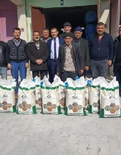 Altunhisar'da çiftçilere 1 ton kuru fasulye tohumu dağıtıldı