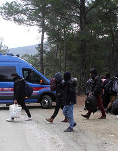 32 kaçak göçmen yakalandı