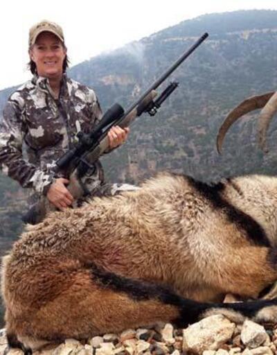 ABD'li avcı Adıyaman'da iki dağ keçisi avladı