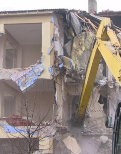 İstanbul'daki riskli binaların yıkımı