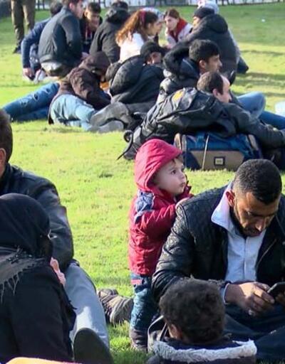 Göçmenlerin Edirne yolculuğu sürüyor