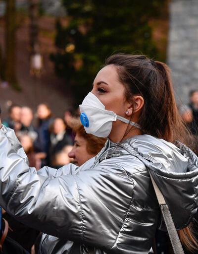 Her yıl milyonlarca kişi ziyaret ediyor... Ünlü eğlence parkının bir çalışanında koronavirüs tespit edildi