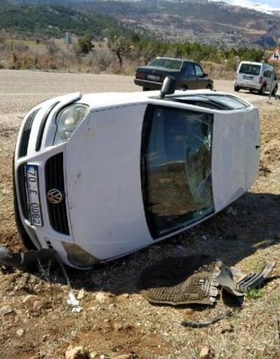 Cenazeye giden hemşire kaza yaptı