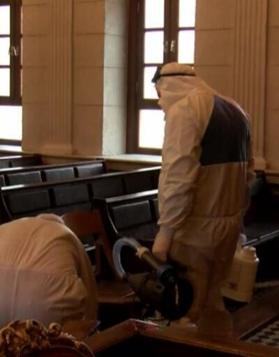 Fatih Camii virüse karşı temizlendi