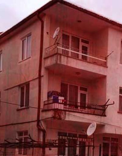 Dehşet evi! Eşini 15 yerinden bıçakladı