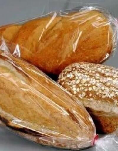 Bor'da ekmekler poşetlenerek satılıyor