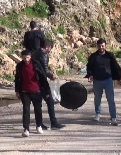 Piknikçileri önlemek için şelale yolu kapatıldı
